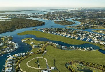 olf Homes with Waterfront still prove popular